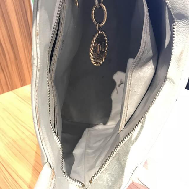 今里のお客様からシャネルのバッグ【復刻トート】を買取_04