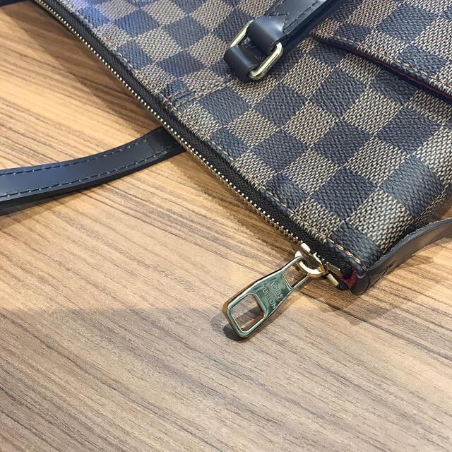 天王寺のお客様からヴィトンのダミエのバッグ【トータリーPM】を買取_02