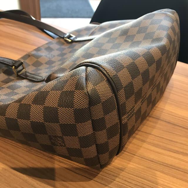 天王寺のお客様からヴィトンのダミエのバッグ【トータリーPM】を買取_03