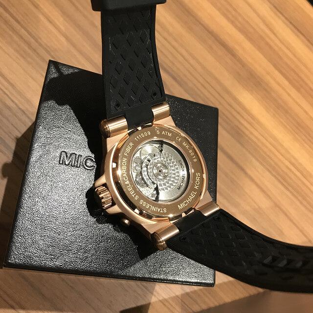天王寺のお客様からマイケルコースの腕時計を買取_02