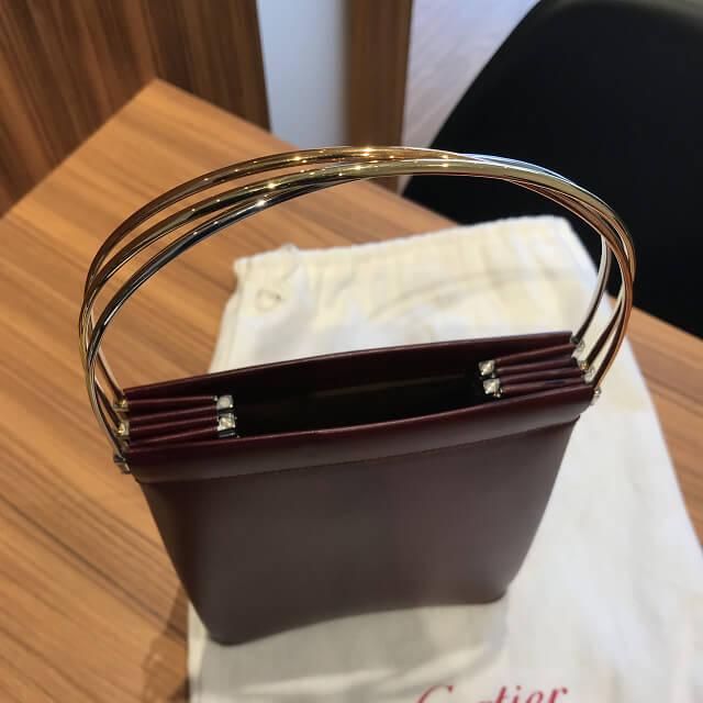 福井のお客様からカルティエの【トリニティバッグ】を買取_02