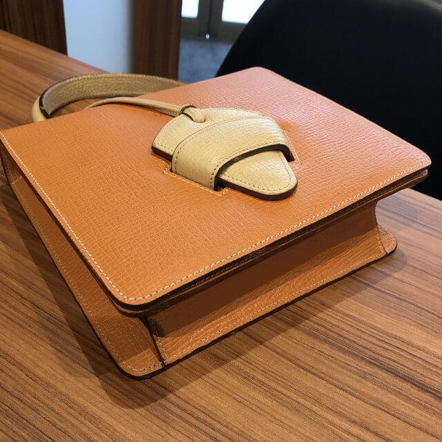 京都市山科区のお客様からロエベのバッグ【バルセロナ】を買取_02