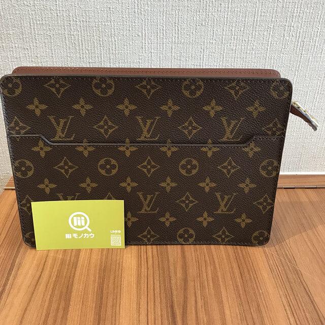 札幌のお客様からヴィトンのセカンドバッグ【ポシェットオム】を買取_01