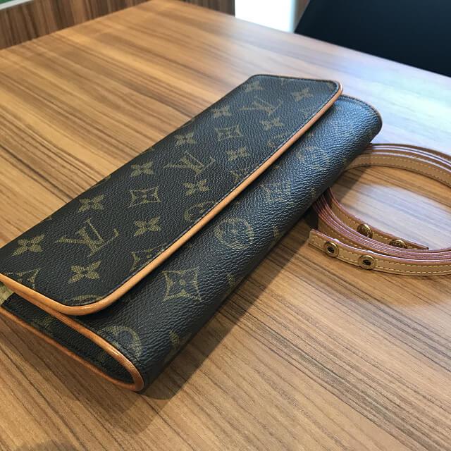 森ノ宮のお客様からヴィトンのバッグ【ポシェットツインGM】を買取_02