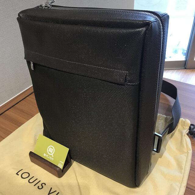 和泉のお客様からヴィトンのタイガのバッグ【ベルーガ】を買取_02