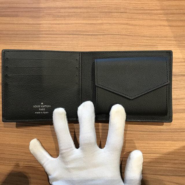 十三のお客様からヴィトンの新品の財布【ポルトフォイユ・ドゥブルV】を買取_04