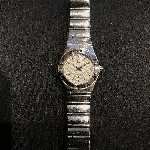 上大岡のお客様からオメガの腕時計【コンステレーション】を買取_02