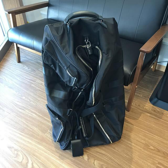 城東区のお客様からワイスリー(Y-3)のバッグを買取_02
