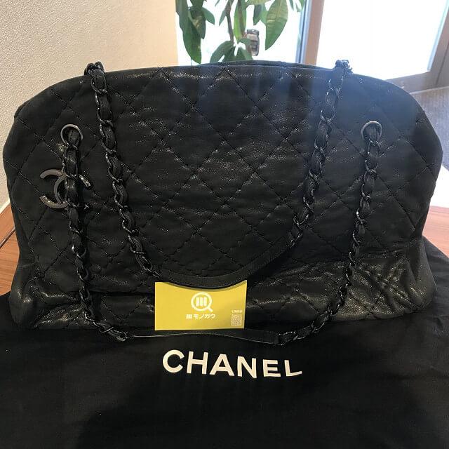 西宮のお客様からシャネルのボーリングバッグを買取_03
