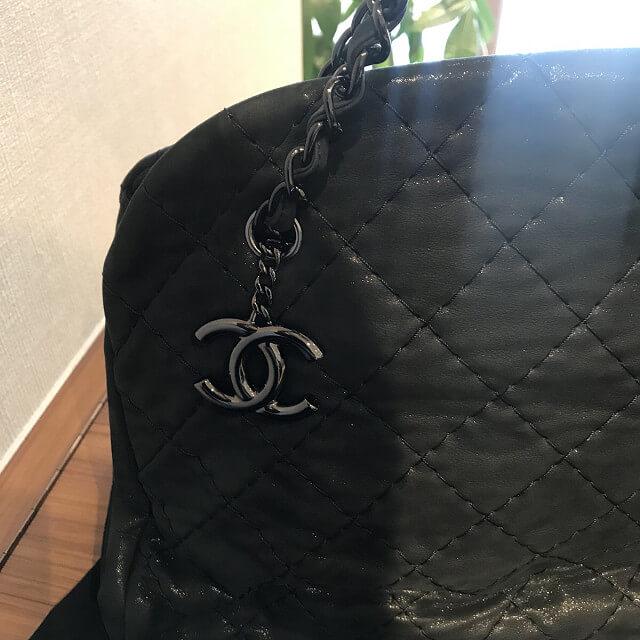 西宮のお客様からシャネルのボーリングバッグを買取_04