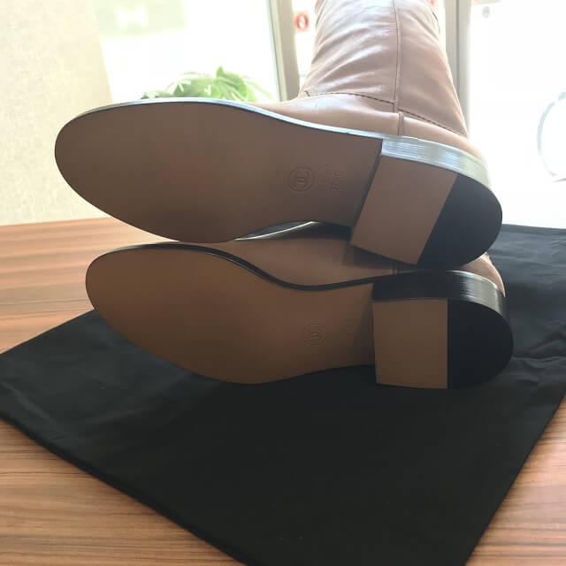 西宮のお客様からシャネルのレザーロングブーツを買取_04