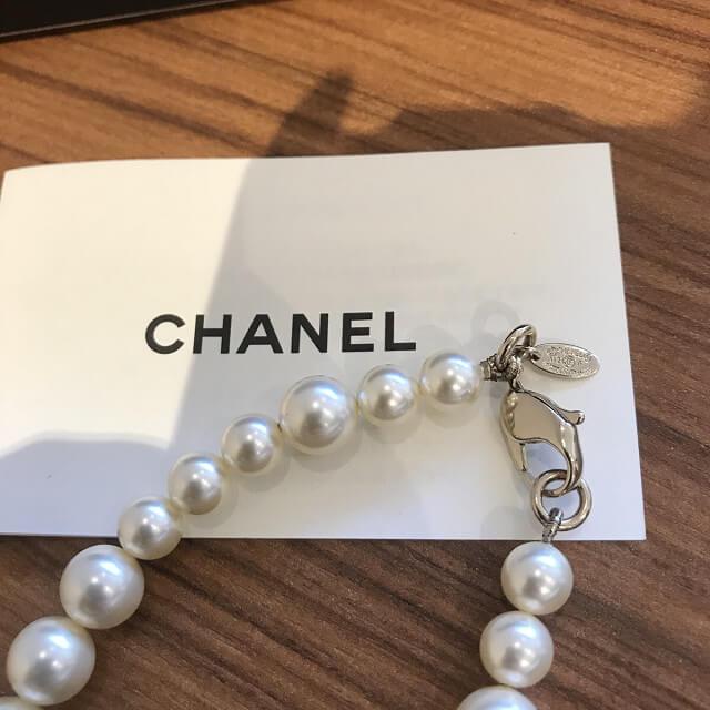 西宮のお客様からシャネルのパールネックレスを買取_04