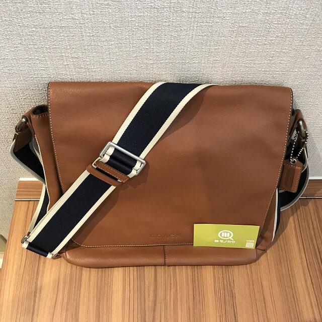 門真のお客様からコーチのレザーショルダーバッグを買取_04