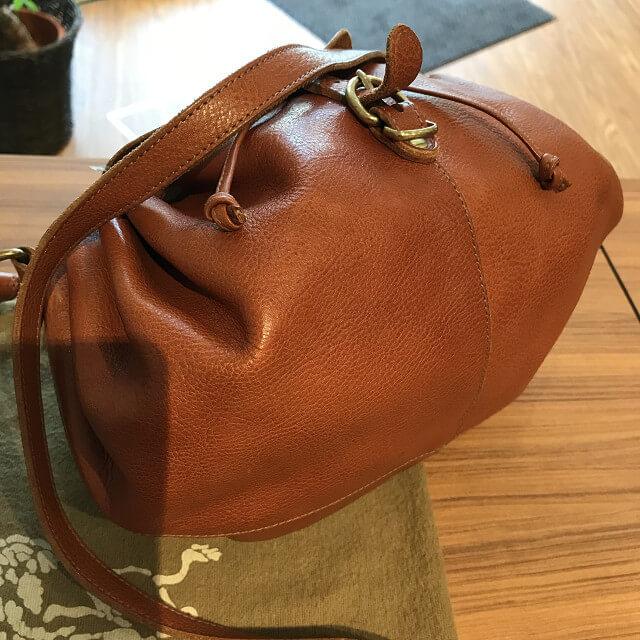東温市のお客様からイルビゾンテの巾着バッグを買取_02