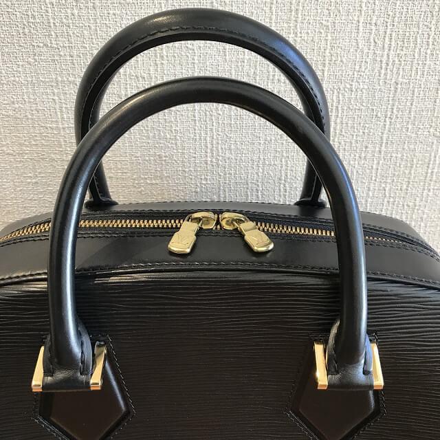 淡路のお客様からヴィトンのエピのバッグ【サブロン】を買取_04