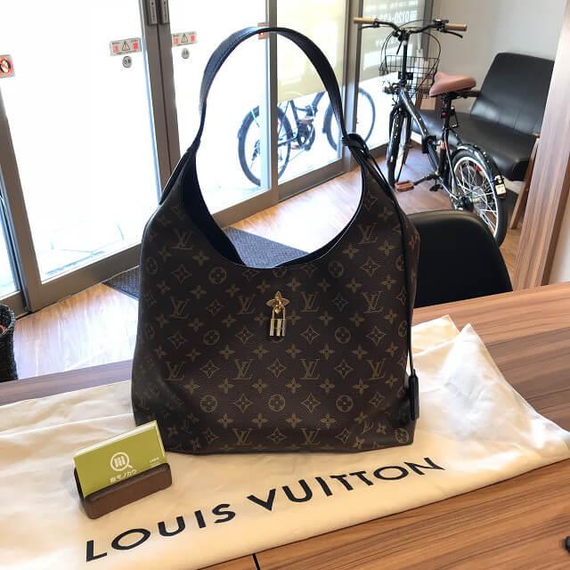 十三のお客様からヴィトンのモノグラム・マカサーのバッグ【フラワーホーボー】を買取_02