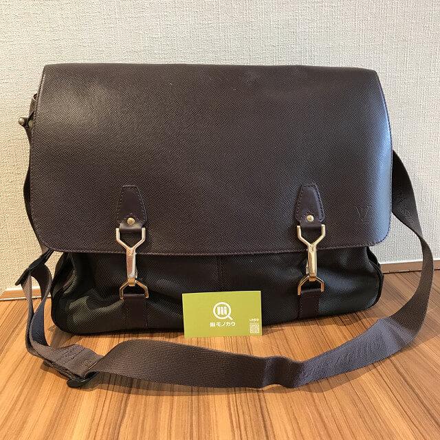 横浜元町中華街のお客様からヴィトンのタイガラインのバッグ【デルスー】を買取_01