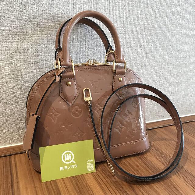 淡路のお客様からヴィトンのヴェルニのバッグ【アルマBB】を買取_01