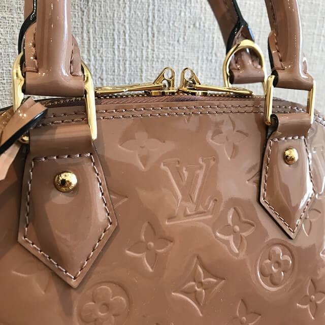 淡路のお客様からヴィトンのヴェルニのバッグ【アルマBB】を買取_03