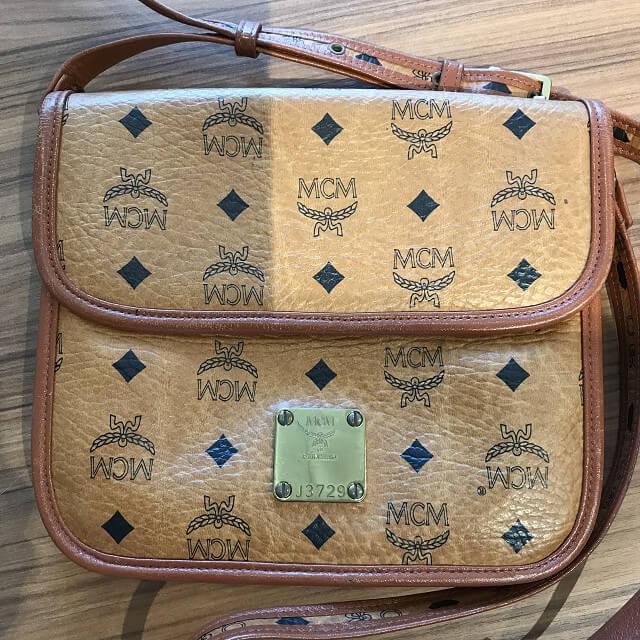 天王寺のお客様からMCMのショルダーバッグを買取_02