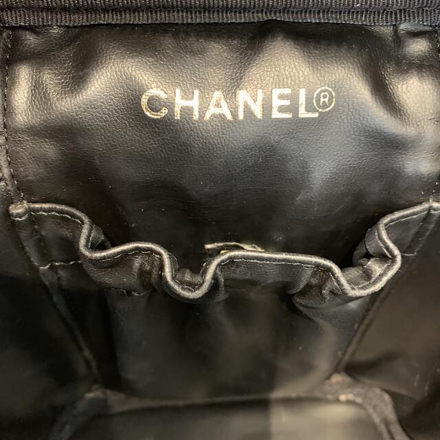 日進市からシャネルのバニティバッグを買取_04