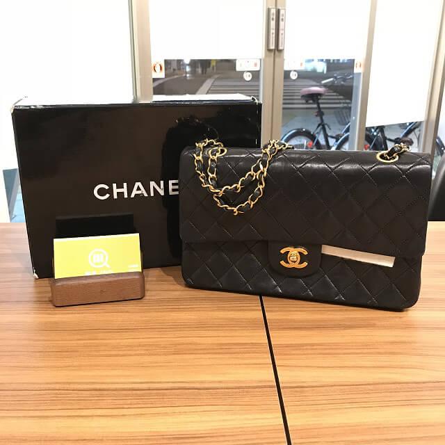川口市からシャネルのマトラッセのチェーンバッグを買取_01