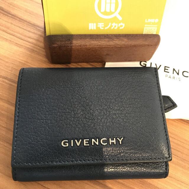 玉造のお客様からジバンシィのパンドラシリーズの財布を買取_03
