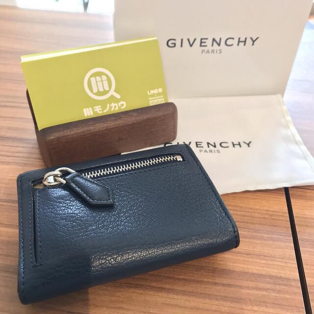 玉造のお客様からジバンシィのパンドラシリーズの財布を買取_04