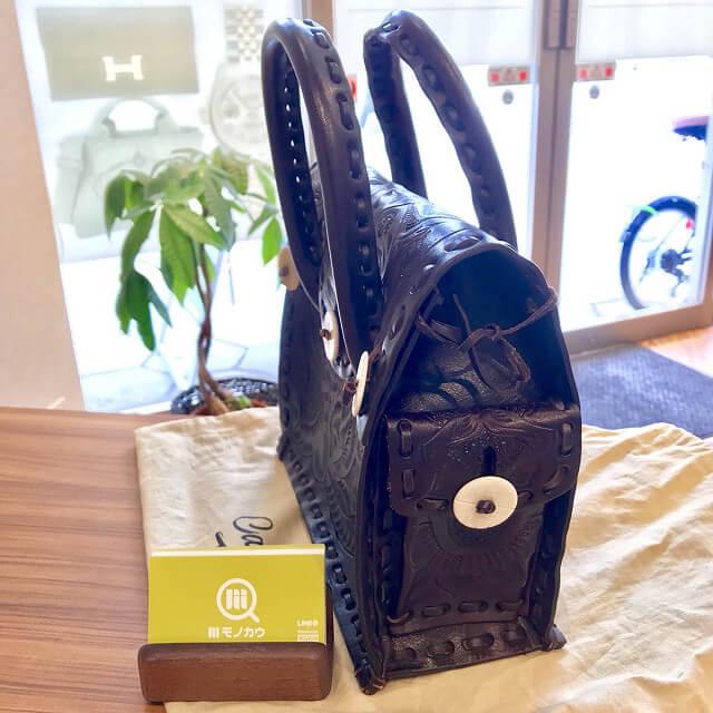 阿倍野のお客様からグレースコンチネンタルのカービングバッグを買取_04