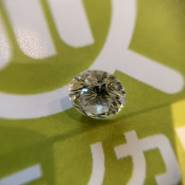 藤井寺のお客様から0.5ctのダイヤモンドを買取_02