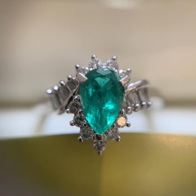 天王寺のお客様からエメラルドの指輪を買取_03