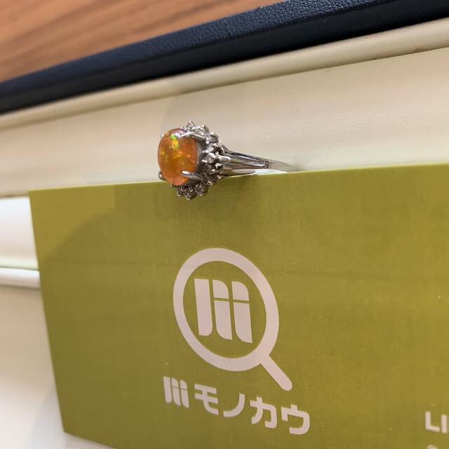 天王寺のお客様からファイアーオパールの指輪を買取_02