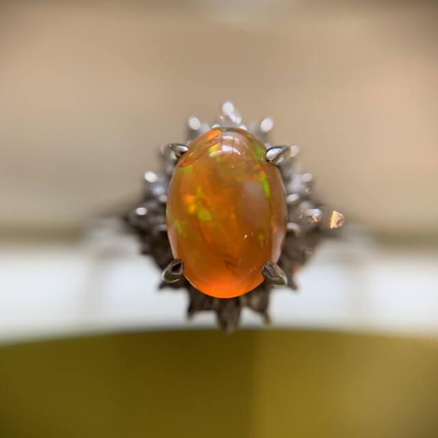 天王寺のお客様からファイアーオパールの指輪を買取_03