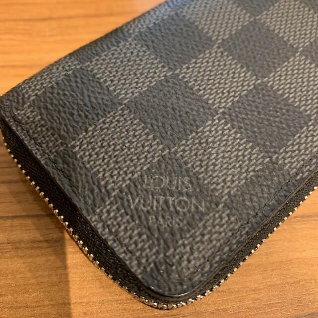 富田林のお客様からヴィトンのダミエグラフィットのコインケースを買取_04