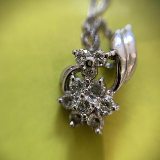 天王寺のお客様からメレダイヤトップのネックレスを買取_02