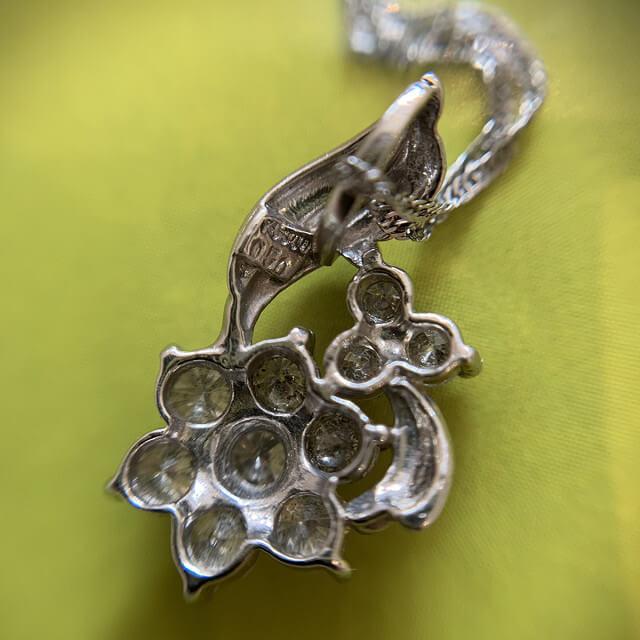 天王寺のお客様からメレダイヤトップのネックレスを買取_03