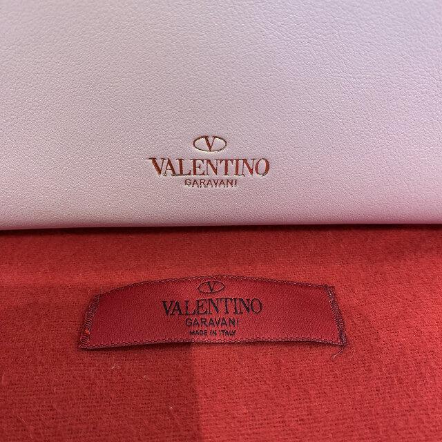 秋葉原からヴァレンティノ ガラヴァーニのロックスタッズバッグを買取_04