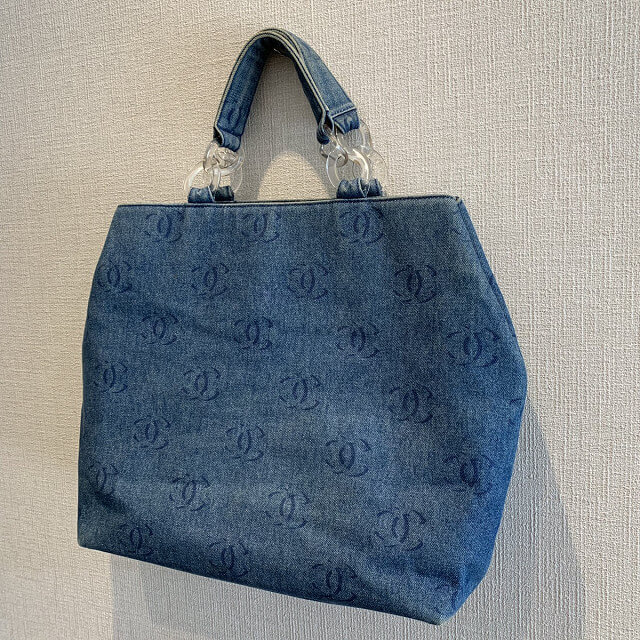 天王寺区のお客様からシャネルのデニムトートバッグを買取_02