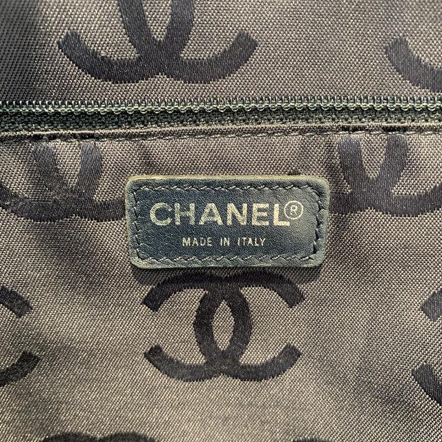 天王寺区のお客様からシャネルのデニムトートバッグを買取_04