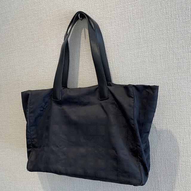 福知山からシャネルのニュートラベルトートバッグを買取_02