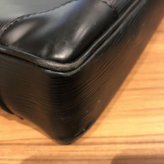 浦安からヴィトンのエピのビジネスバッグを買取_02