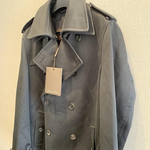 松戸市からヴィトンのレディースコートを買取_02