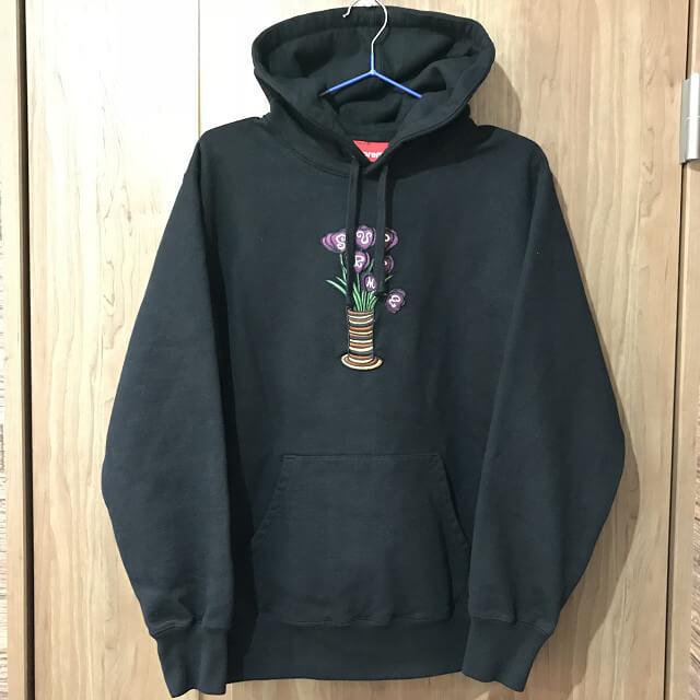 北巽のお客様からSupremeのFlowers Hooded Sweatshirtを買取_01