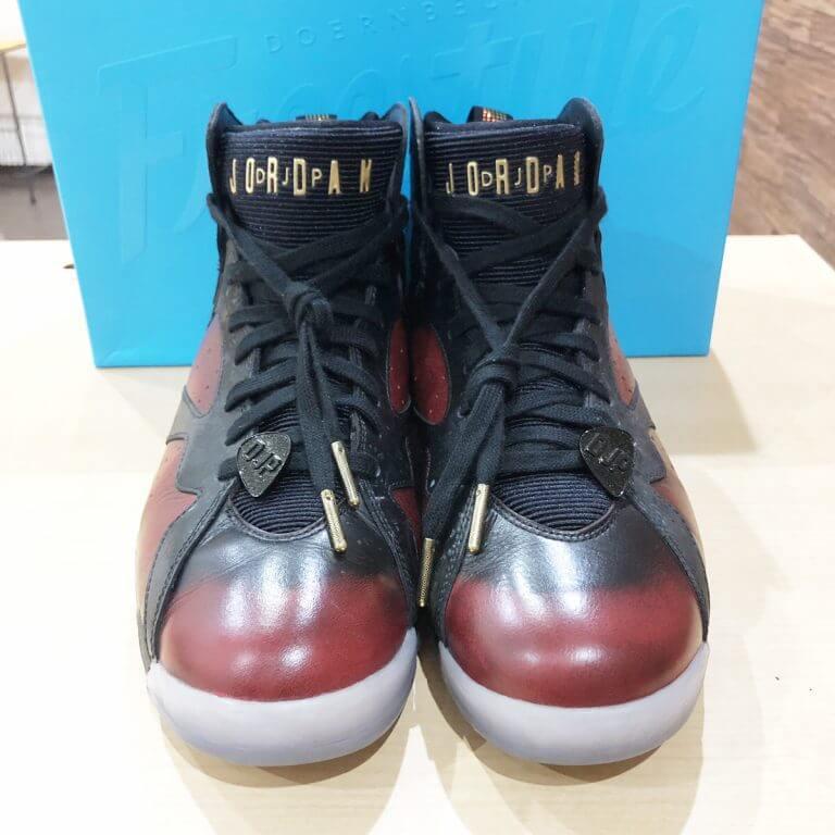 池田のお客様からNike Air Jordan 7 Retro Doernbecherを買取_02