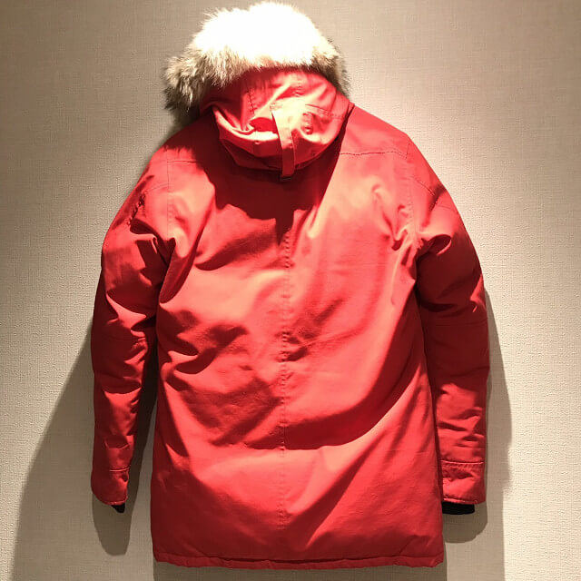 松原のお客様からカナダグースのダウンジャケット【JASPER(ジャスパー)】を買取_02