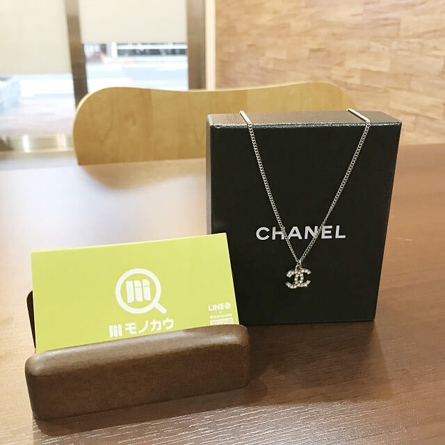 岡山からシャネルのラインストーンネックレスを買取_01