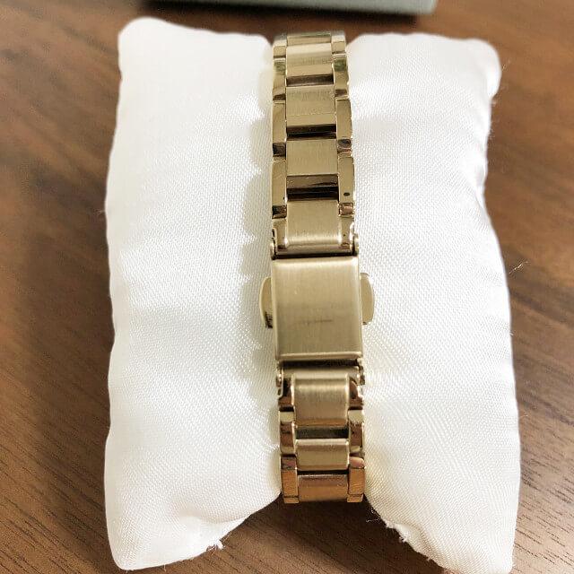 大和西大寺のお客様からシチズンの腕時計【xC(クロスシー)】を買取_04