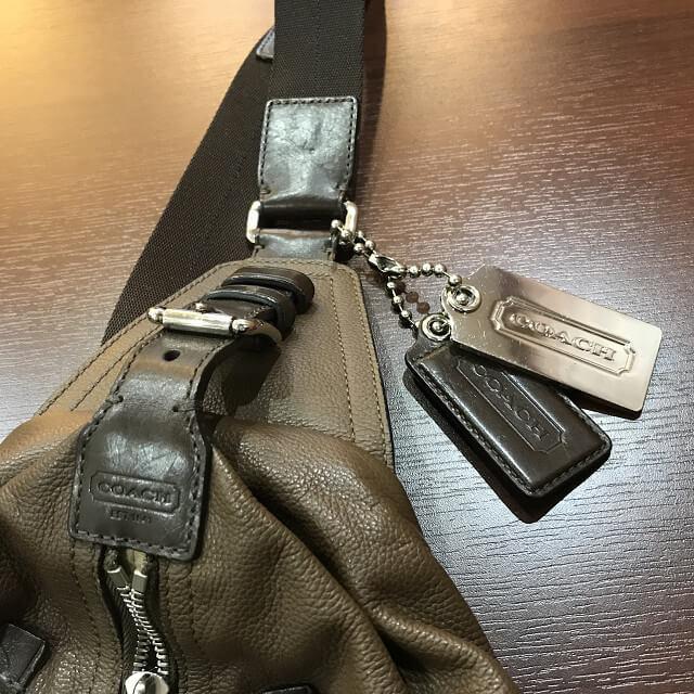 枚方店にてコーチのボディバッグを買取_03