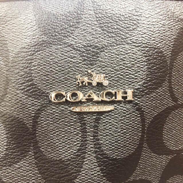 東大阪市石切のお客様からコーチのトートバッグを買取_04