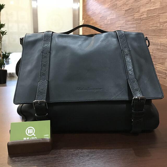 枚方店にてフェラガモの2wayバッグを買取_01